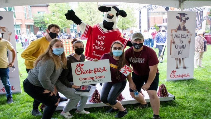 Students enjoyed an end-of-semester picnic on Tuesday, complete with study snacks from Metz and Chick-fil-A