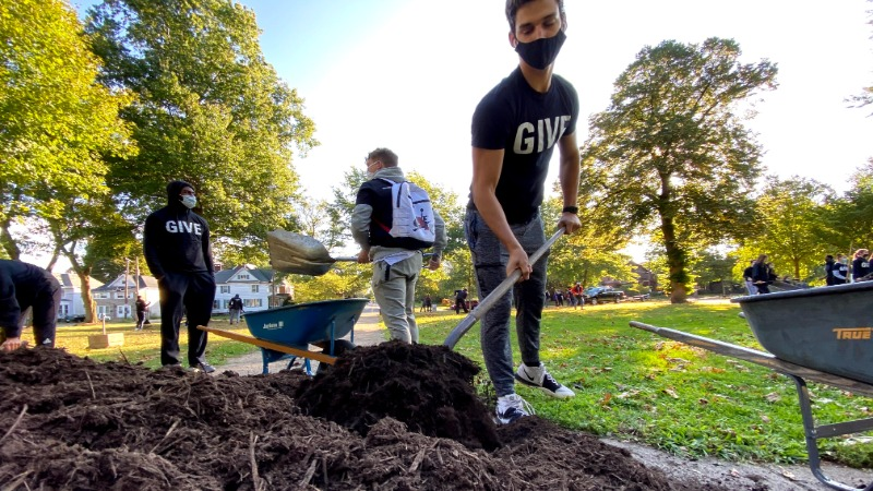 More than 1,200 Gannon volunteers participated in the University's 23rd annual GIVE Day.