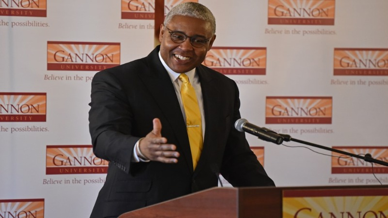 Kelvin Jefferson, Gannon University's Men's Basketball Head Coach