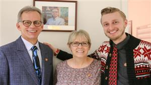 Steven Ropski, Ph.D., with his wife, Melanie, and son, Nathaniel.