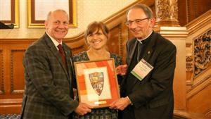 Gannon Ceremony Honors Old Main Society and Universitas Society Donors